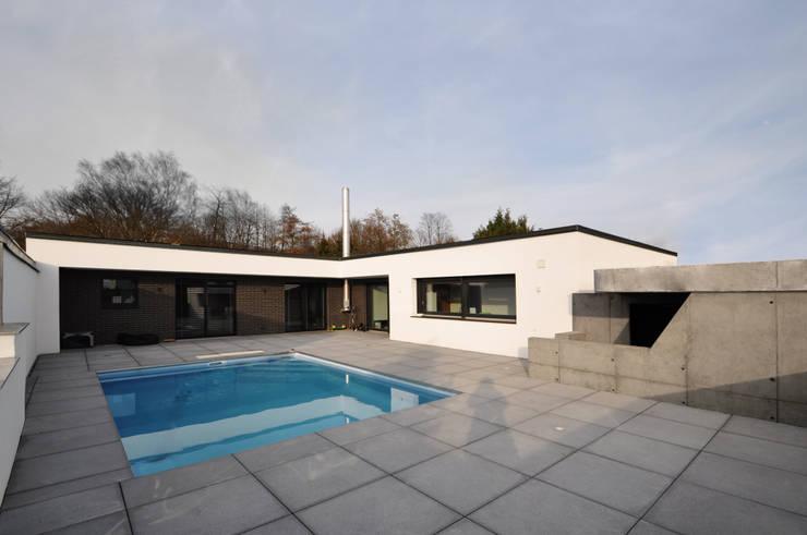 Piscines  de style  par Pakula & Fischer Architekten GmnH, Moderne