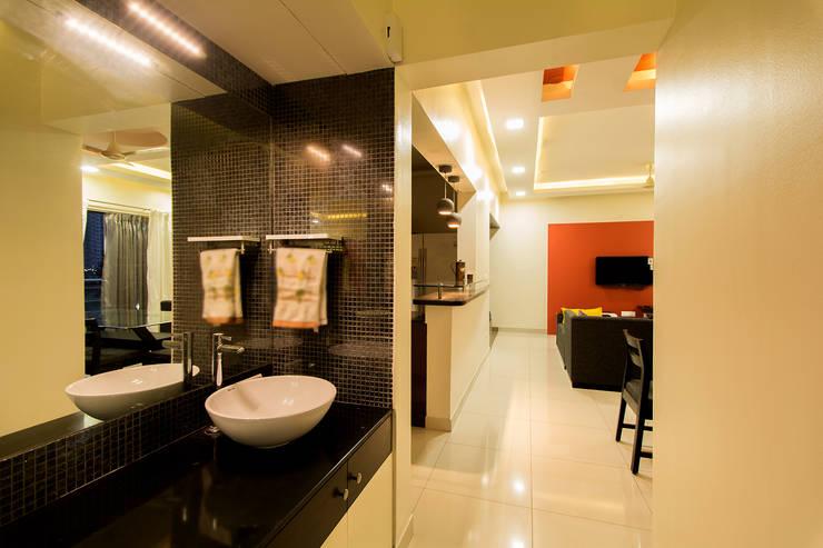 Passage:  Corridor, hallway & stairs  by Navmiti Designs