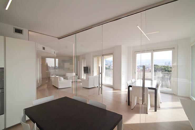 minimalistic Living room by RWA_Architetti
