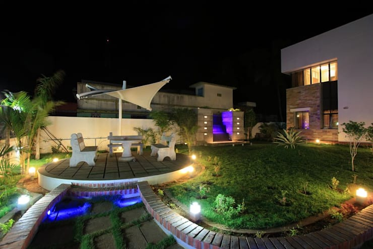 Garden Patio:  Garden by Ansari Architects