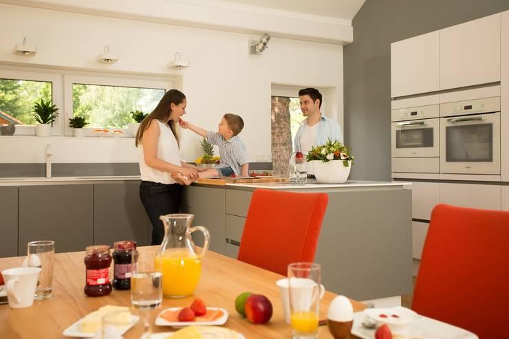 Kitchen by K-MÄLEON Haus GmbH