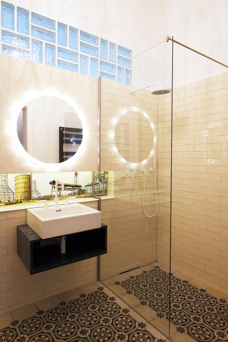 Bad Altbau Dortmund:  Badezimmer von Raumgespür Innenarchitektur Design