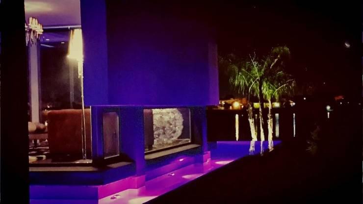 Das Wasserhaus: Casas de estilo  por Das Wasserhaus,