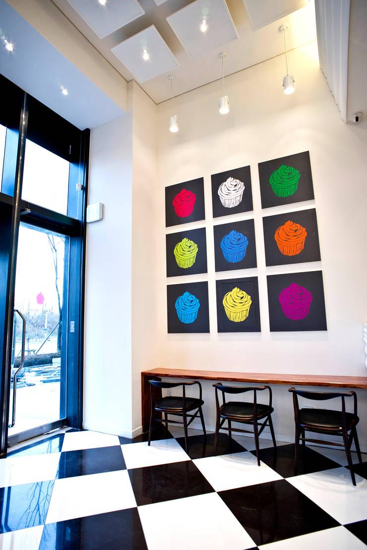 카페로라(Cafe Rora): 진플랜의  바 & 카페