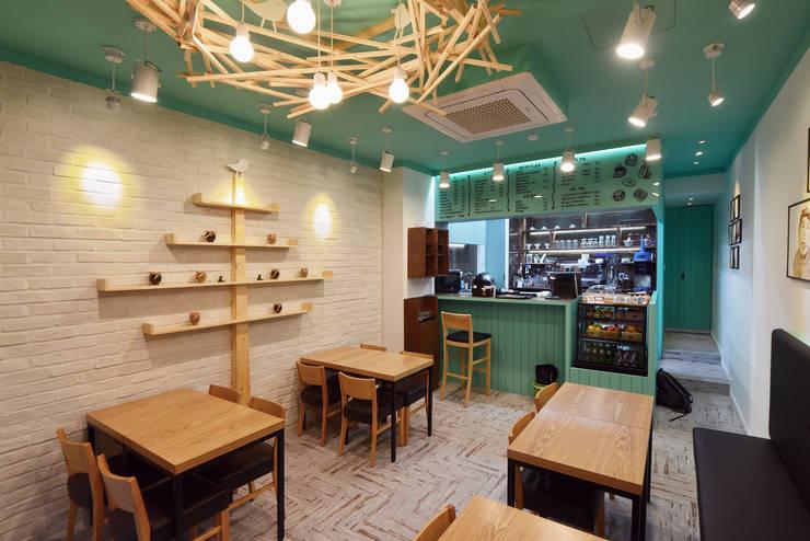 카페서 (Cafe Seo): 진플랜의  레스토랑