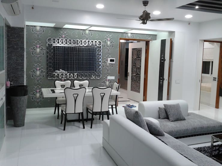 Mr Kamdar 19th Floor: modern Living room by TRINITY DESIGN STUDIO
