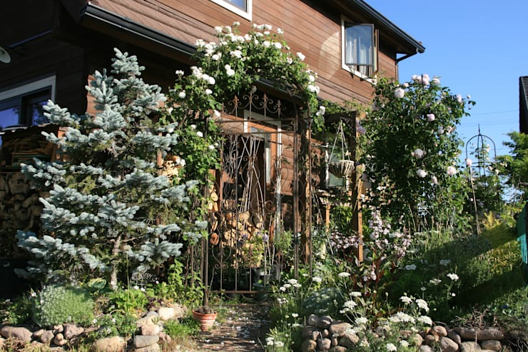 Jardin de style de stile Rural par 株式会社ガーデンホリック