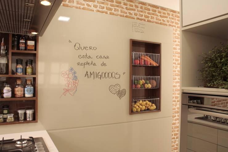 Cocinas de estilo  por Fernanda Moreira - DESIGN DE INTERIORES