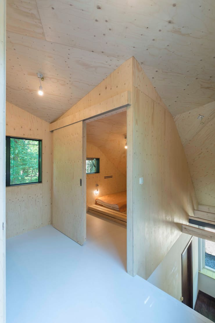 Bedroom by Bloot Architecture