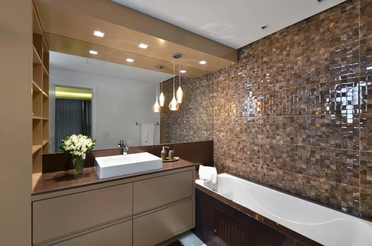 Baños de estilo  por Bethina Wulff