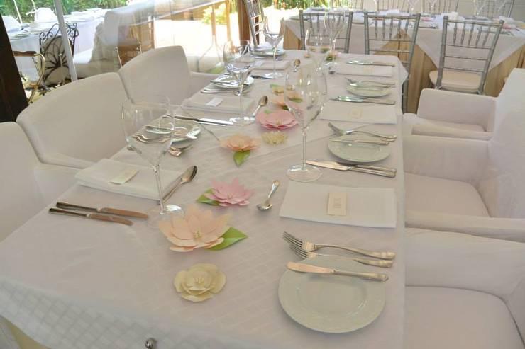Matrimonio: Vestidores de estilo  por POLYHEDRA ESTUDIO