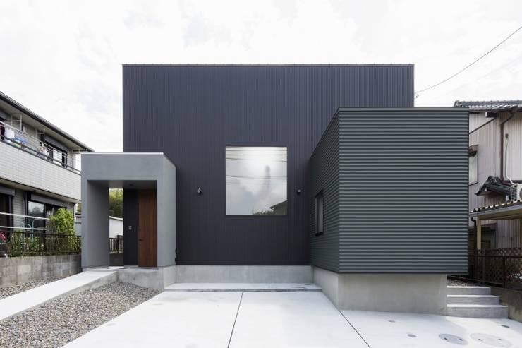 POP UP HOUSE: エンピツアーキテクツが手掛けたインテリアランドスケープです。