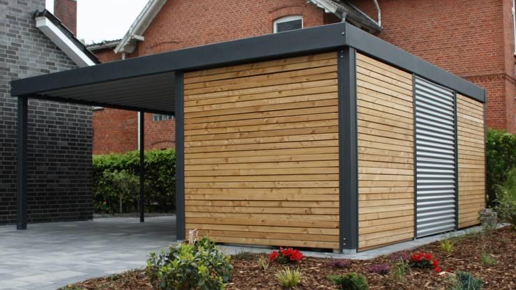 Garajes prefabricados de estilo  por Carport-Schmiede GmbH + Co. KG