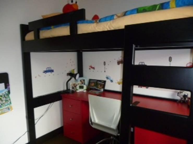 PROYECTO MOBILIARIO HOGAR  APARTAMENTO: Habitaciones infantiles de estilo  por La Carpinteria - Mobiliario Comercial