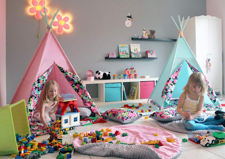 Shooting Photo Pois Multicolores: Chambre d'enfant de style  par s-line.design