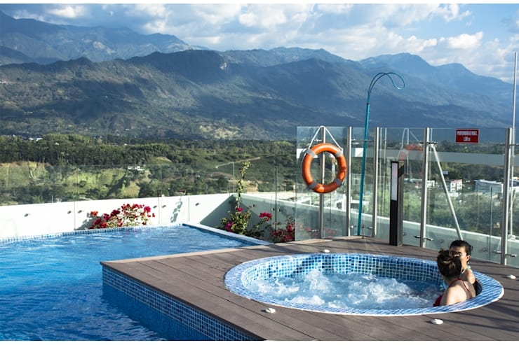 PISCINAS HOTEL ALLURE AROMA MOCAWA – ARMENIA: Hoteles de estilo  por THE POOL MARKET S.A.S