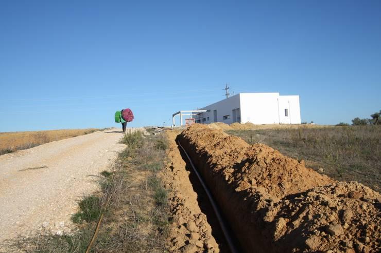 08_Exterior:   por MGD-ARQUITECTOS, Lda.