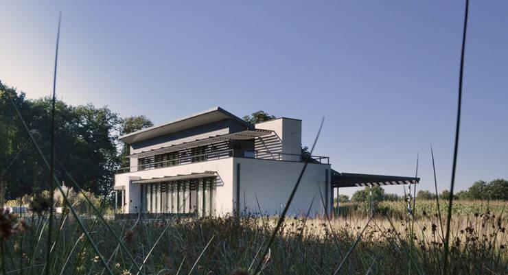 Woonhuis Dwingeloo:  Huizen door Koezen Architecten