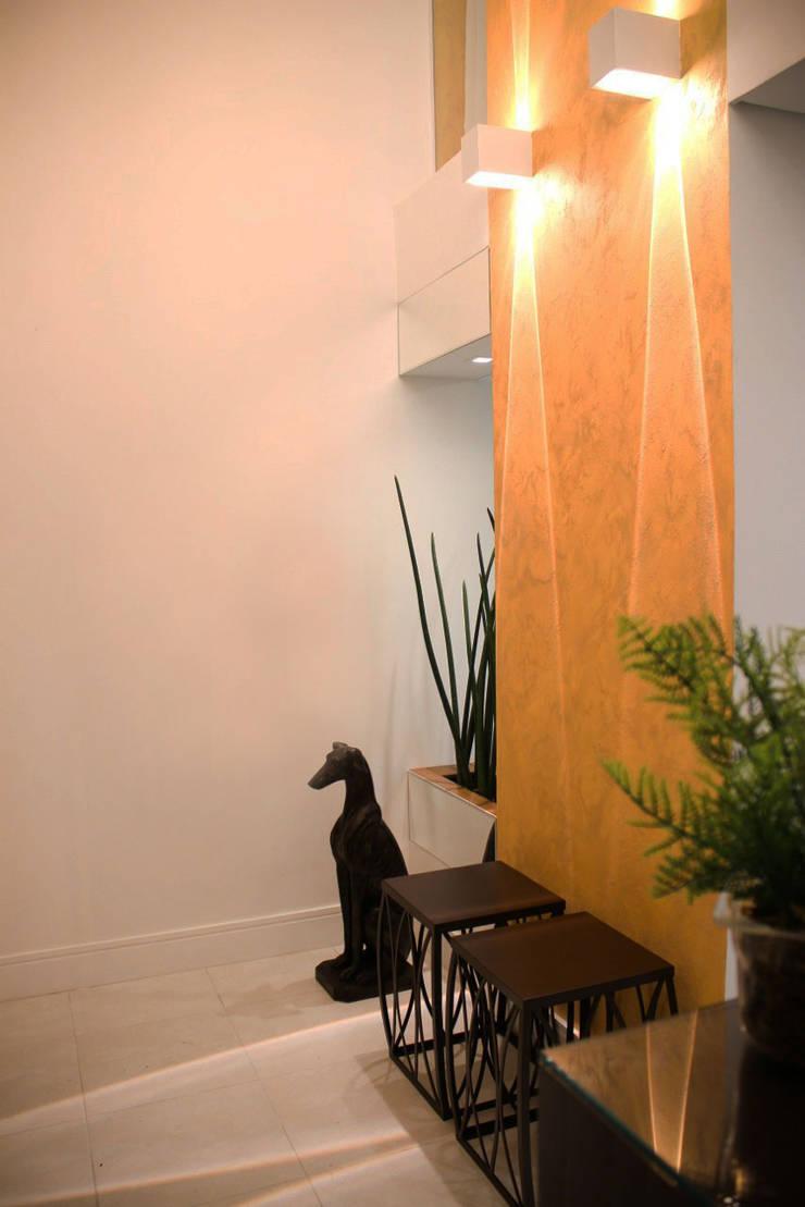 Hall de Entrada: Espaços comerciais  por Rosé Indoor Design