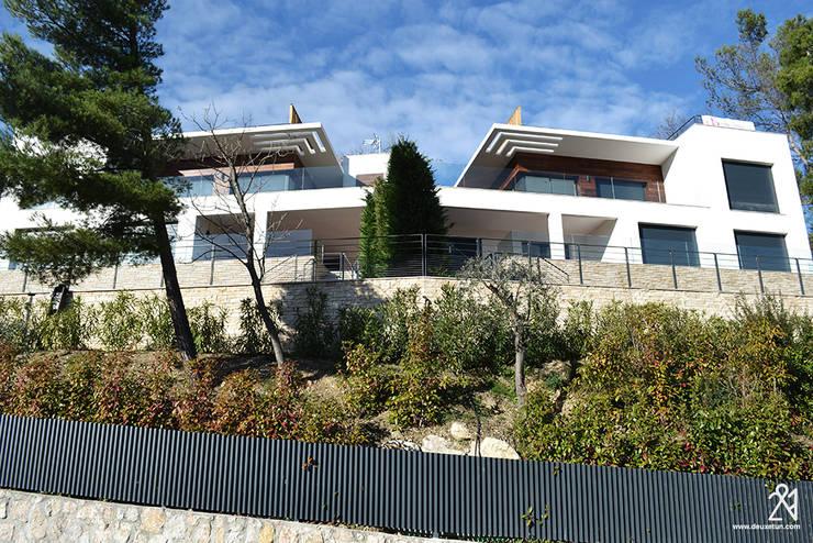 Villas R05: Maisons de style  par 2&1