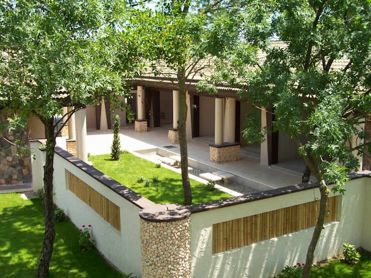 Houses by SAYTAS SABUNCUOGLU YAPI VE TIC.LTD.STI.