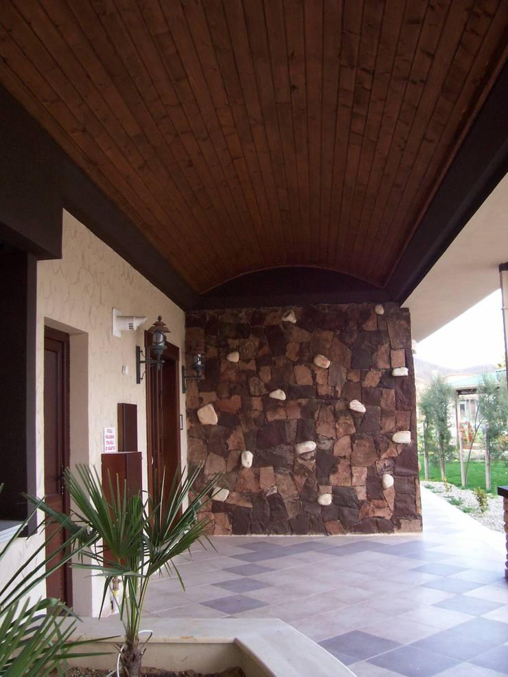 Casas de estilo  por SAYTAS SABUNCUOGLU YAPI VE TIC.LTD.STI., Rural