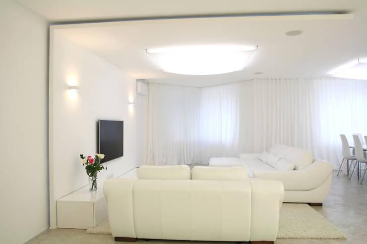 غرفة المعيشة تنفيذ nadine buslaeva interior design