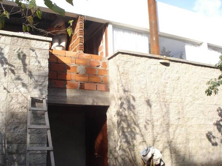 Vivienda Unifamiliar / Ampliación: Casas de estilo  por ArquitectoRossiniTulio,
