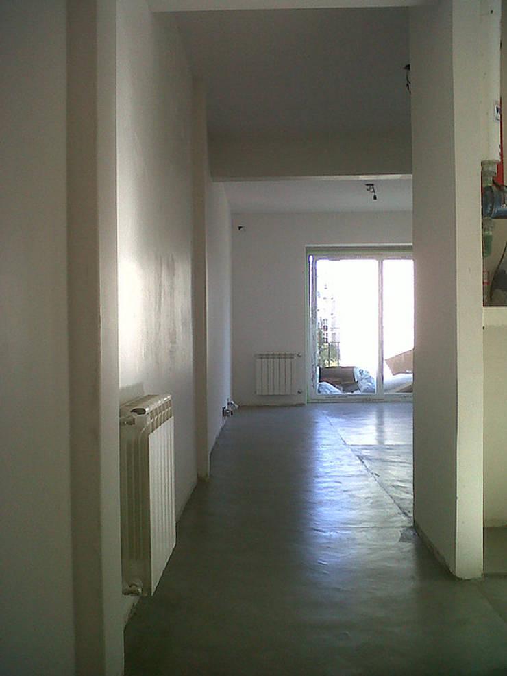 Remodelacion Departamento, Capital Federal: Livings de estilo  por ArquitectoRossiniTulio