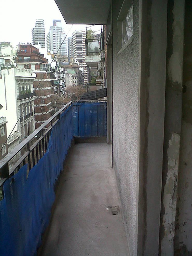 Remodelacion Departamento, Capital Federal: Terrazas de estilo  por ArquitectoRossiniTulio