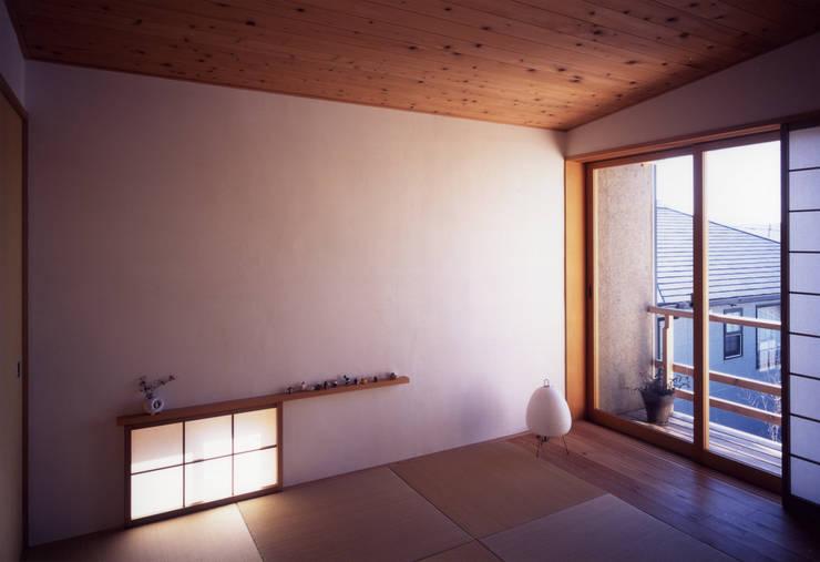 静岡の家 case001: 岩川卓也アトリエが手掛けた和室です。