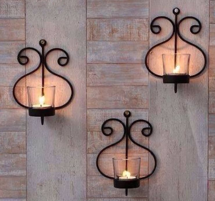 Hanging Lamps:  Interior landscaping by Alyth Creations