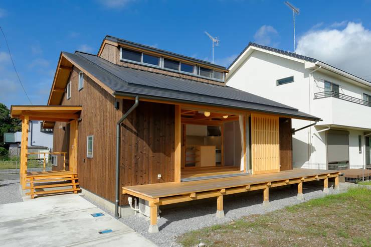房子 by 高野三上アーキテクツ一級建築設計事務所  TM Architects