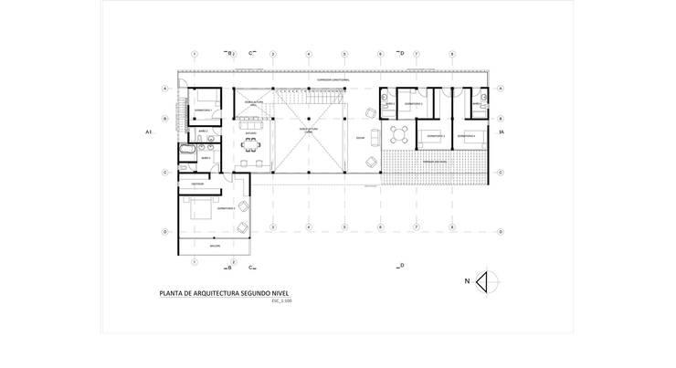 Casa Los Pinos:  de estilo  por Vibra Arquitectura