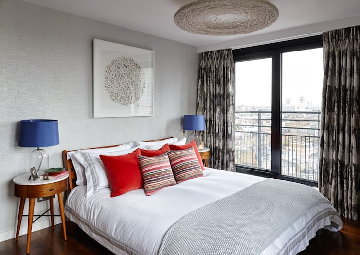 Gloucester Road Penthouse:  Bedroom by Bhavin Taylor Design