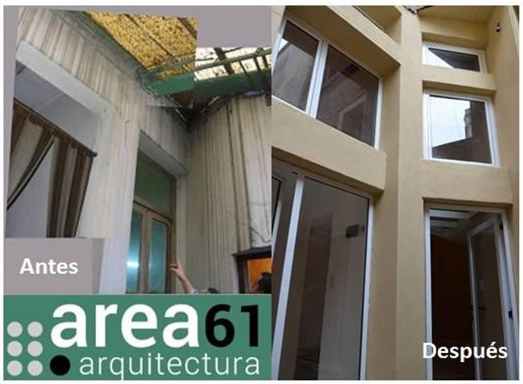Patio de acceso: Casas de estilo  por Area61 Arquitectura,