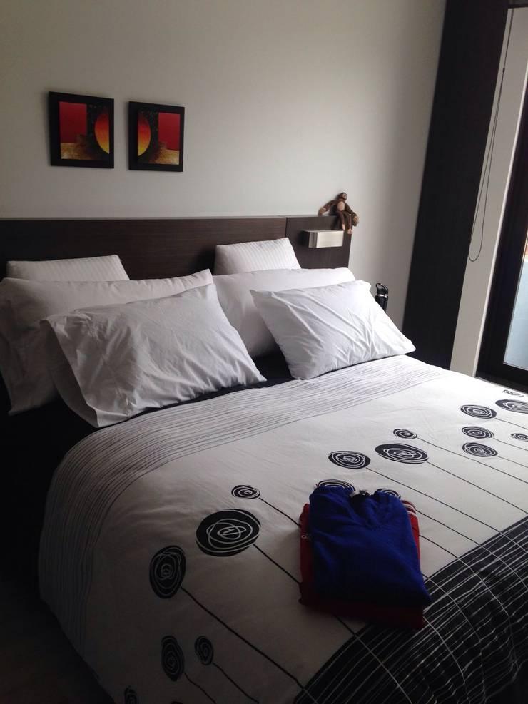 PROYECTO MOBILIARIO HOGAR – APARTAMENTO: Habitaciones de estilo  por La Carpinteria - Mobiliario Comercial,