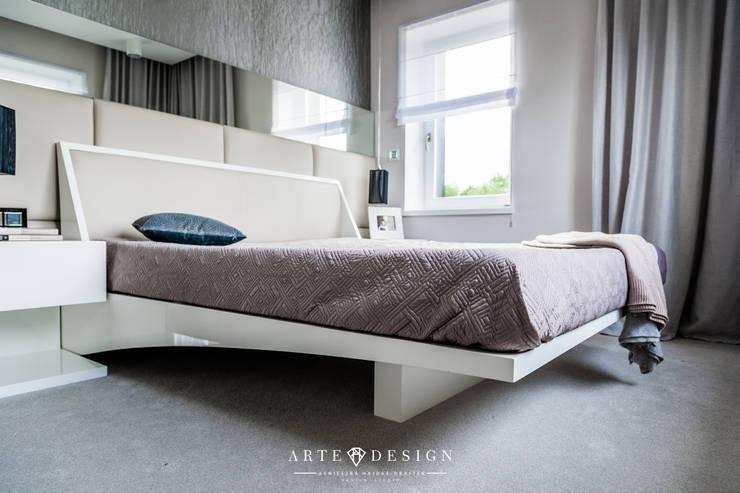 Gdański apartament: styl , w kategorii Sypialnia zaprojektowany przez Arte Dizain. Agnieszka Hajdas-Obajtek