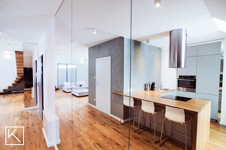 Mieszkanie dwupoziomowe _ Wrocław Ołtaszyn: styl , w kategorii Kuchnia zaprojektowany przez Klapińska architektura wnętrz