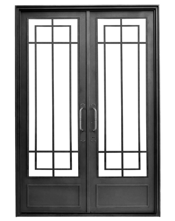 Puerta de hierro modelo Sara Casas modernas: Ideas, imágenes y decoración de DEL HIERRO DESIGN Moderno Hierro/Acero