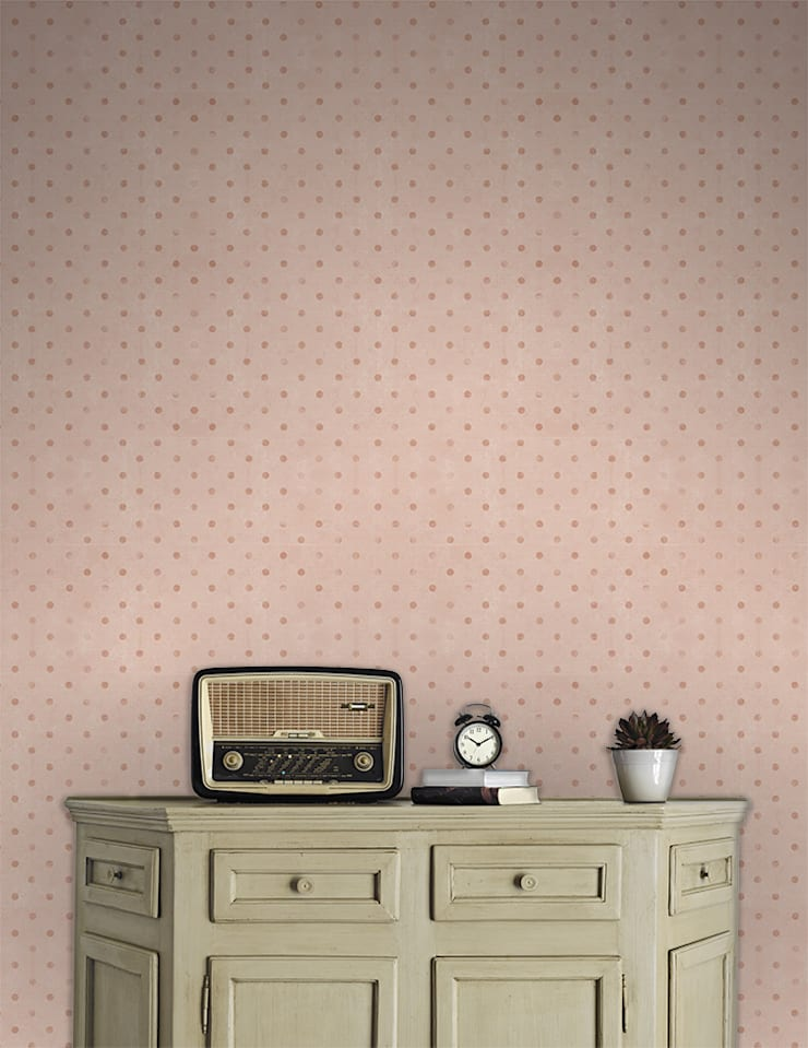 Bolas Rosa: Parede e piso  por OH Wallpaper