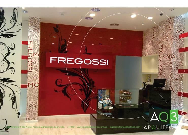 Tienda Fregossi:: Centros Comerciales de estilo  por AQ3 Arquitectos