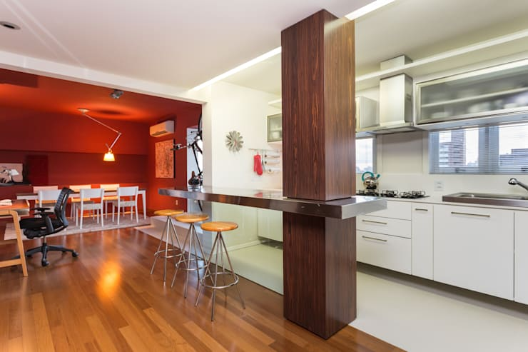 Cozinhas  por Johnny Thomsen Design de Interiores