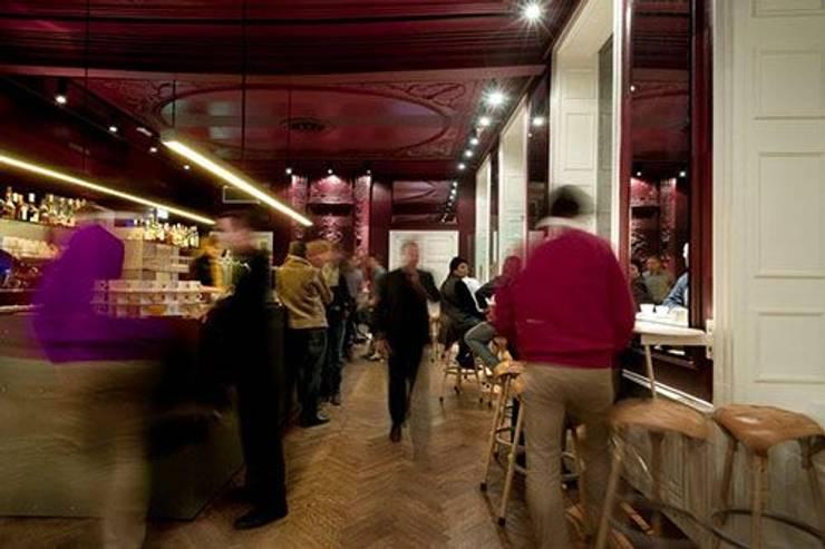 Verbouwing Theatercafé Vrijthof:  Bars & clubs door bv Mathieu Bruls architect