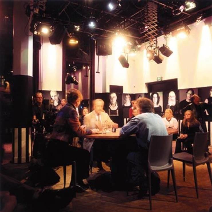 Mediacafé  studio Barend & Witteman:  Bars & clubs door bv Mathieu Bruls architect