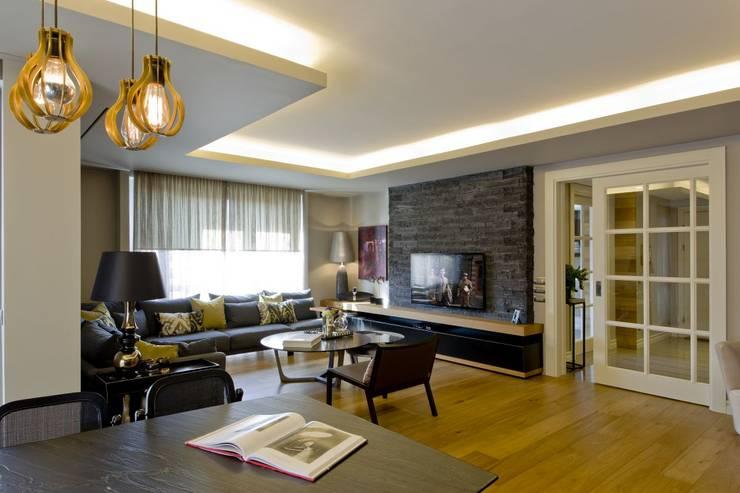 Plano Mimarlık ve Teknoloji – Sarı Konaklar:  tarz Oturma Odası