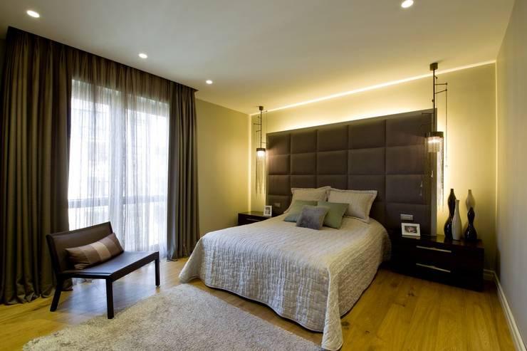 Plano Mimarlık ve Teknoloji – Sarı Konaklar:  tarz Yatak Odası
