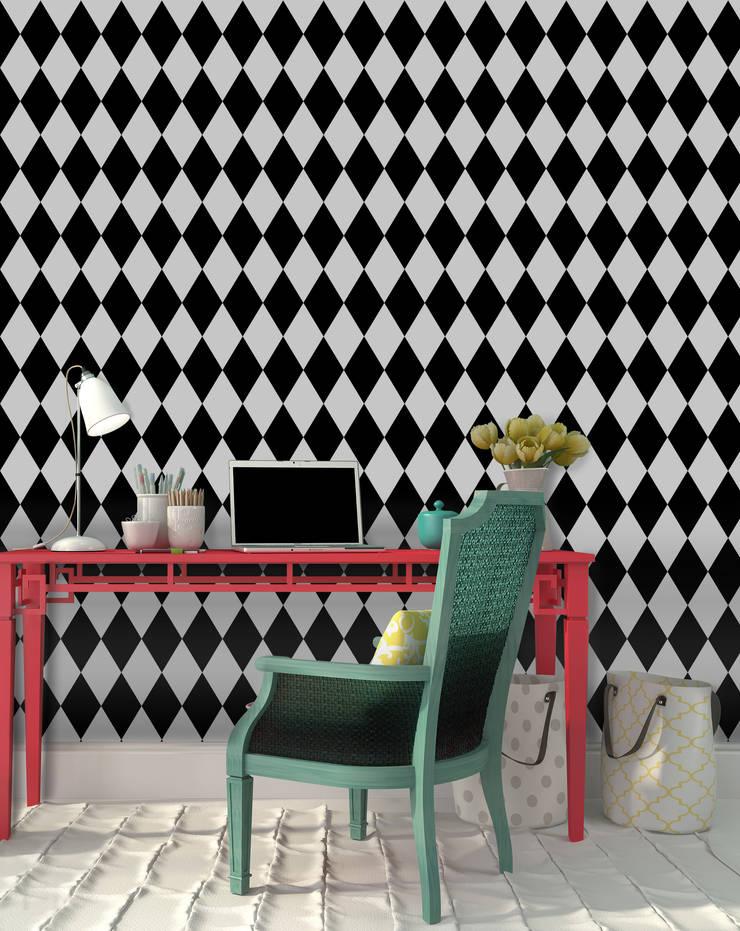 Losango Preto: Parede e piso  por OH Wallpaper