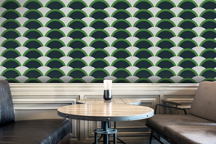 Onda Verde e Azul: Parede e piso  por OH Wallpaper