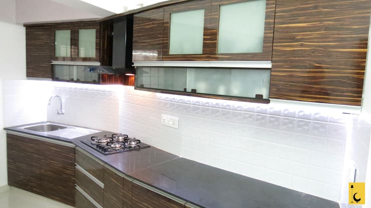 SPACE HI-STREAK, KULSHEKAR, MANGALORE: modern Kitchen by Indoor Concepts